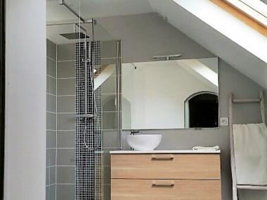 Avant / après rénovation d'une salle de bains et chambre dans les combles à St Jullien en Gevevois