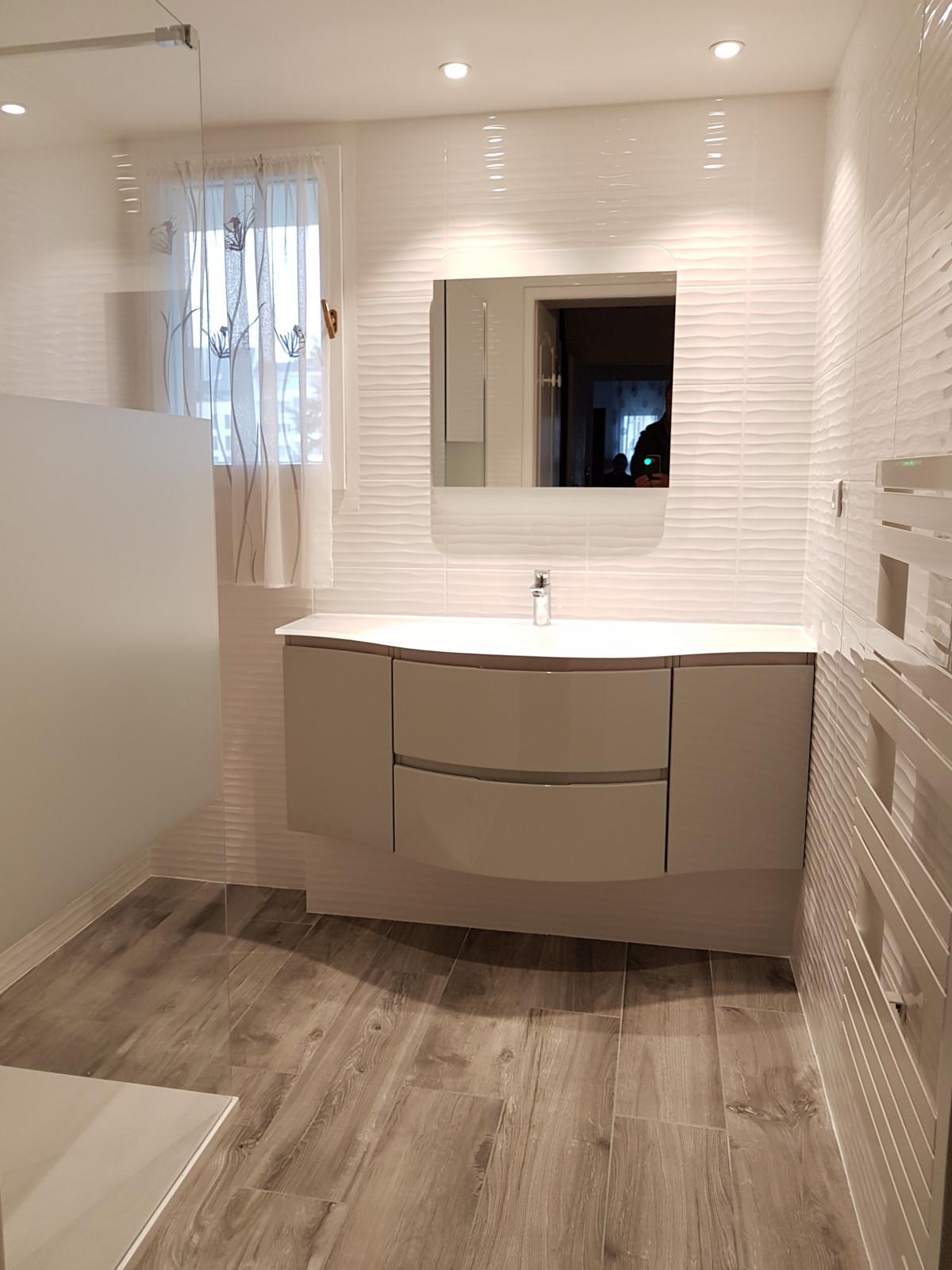 Carrelage Sol Avant Ou Apres Receveur avant / après rénovation complète d'une salle de bains place
