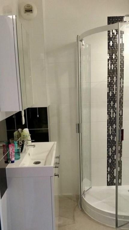 Transformation d\'une buanderie en salle de bains avec douche ...